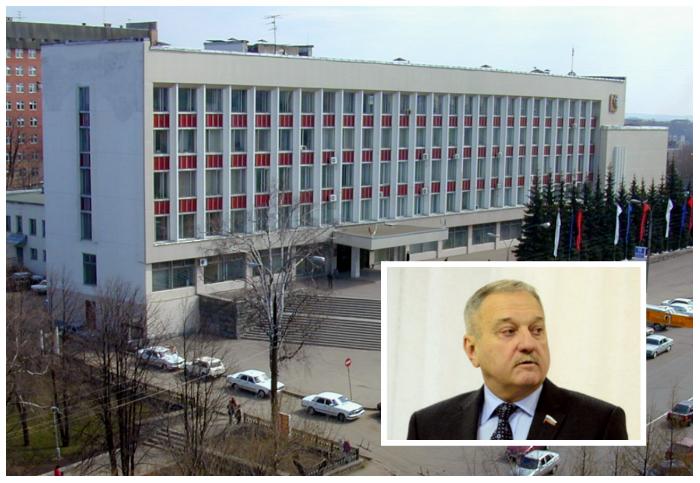 Владимир Быков ушел с поста главы города Кирова