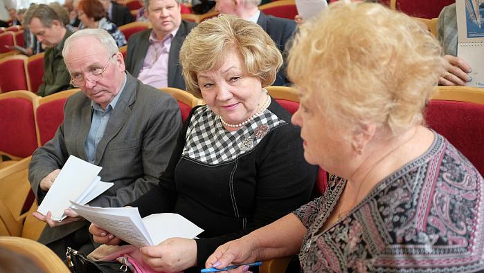 В Кирове обсудили меры поддержки «детям войны»