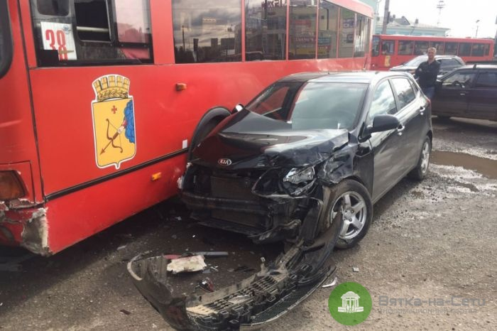 Известны подробности ДТП с водителем автобуса, потерявшим сознание за рулём