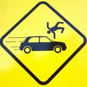Труп  мужчины 2 километра волочился по трассе за сбившим его автомобилем