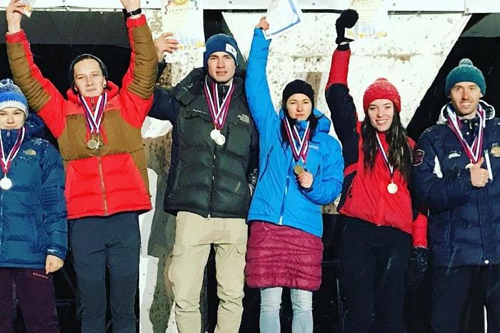 Кировчане выиграли второй этап Кубка России по ледолазанию