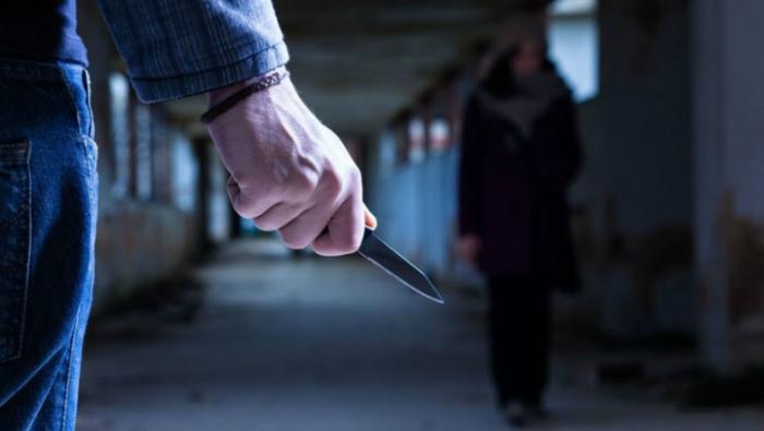 В Омутнинске мужчина ворвался в квартиру, избил ее хозяина и похитил его девушку