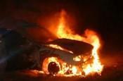 Близ Орлова в Кировской области загорелся автовоз с машинами