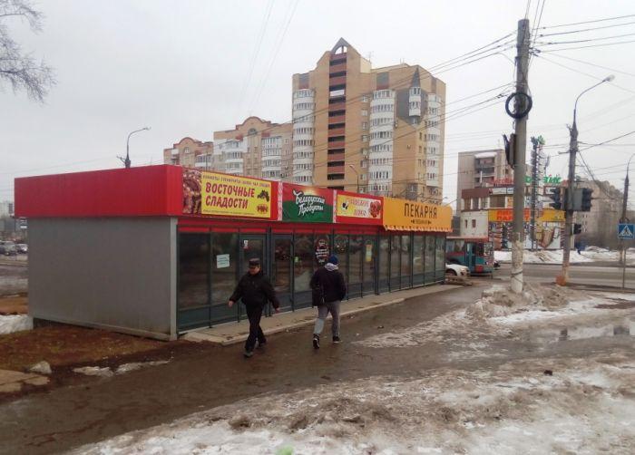 Суд обязал снести торговый павильон на ул. Воровского