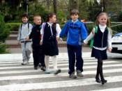Водители Кирова не уступают дорогу детям
