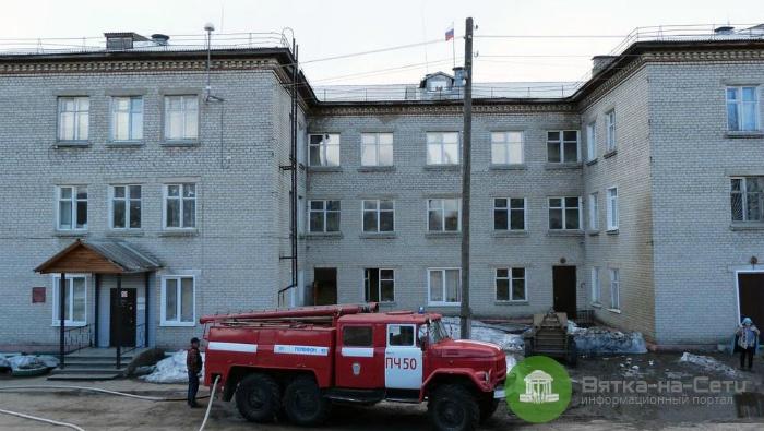 В Подосиновском районе загорелось здание администрации