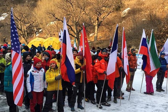 Кировские спортсменки выиграли второй этап Кубка мира по ледолазанию