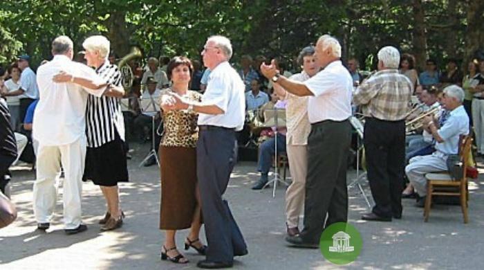 Перед кировчанами выступит внучка музыканта Соломона Сахара