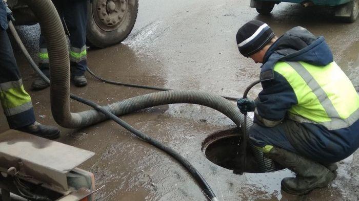Работы по водоотведению в Кирове завершат к 20 апреля
