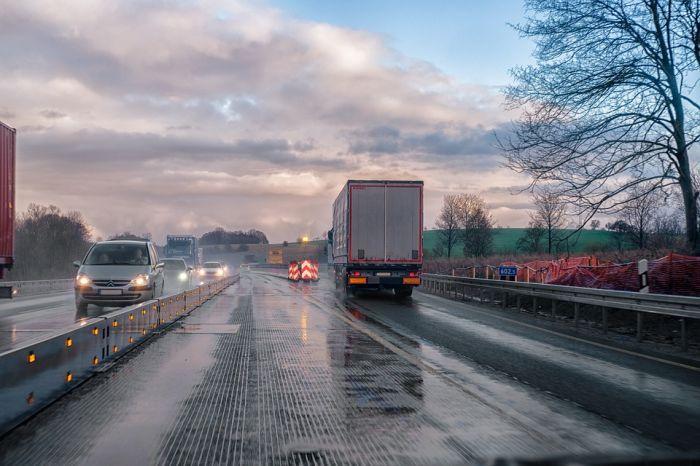 На дорогах Кировской области введено ограничения для большегрузов