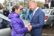 «УРАЛХИМ» подарил легковые автомобили 70-ти многодетным семьям из Кировской области