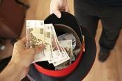 Кировский полицейский требовал от предпринимателя 2 млн. рублей за прекращение выдуманной проверки