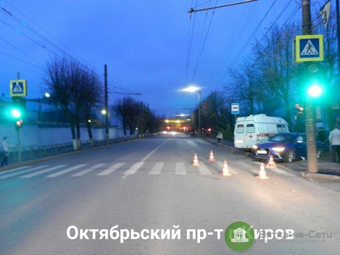 """В Кирове столкнулись """"Ауди"""" и скорая: пострадали три человека"""