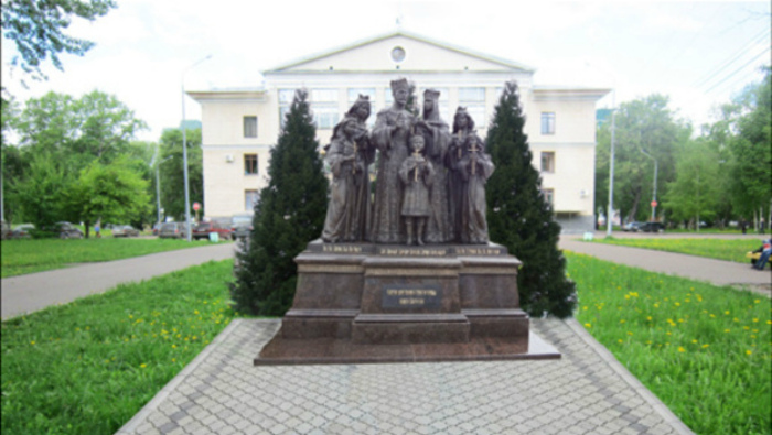 Кировчане высказались против установки памятника царской семье