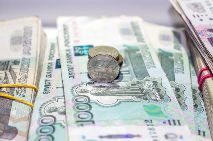 Директор УК незаконно удержал более 1 млн рублей, поступивших от граждан
