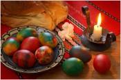 Откуда пошла традиция красить яйца?