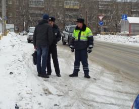 111 ленивых пешеходов пытались перейти дорогу