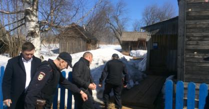 В Куменском районе сын задушил собственного отца