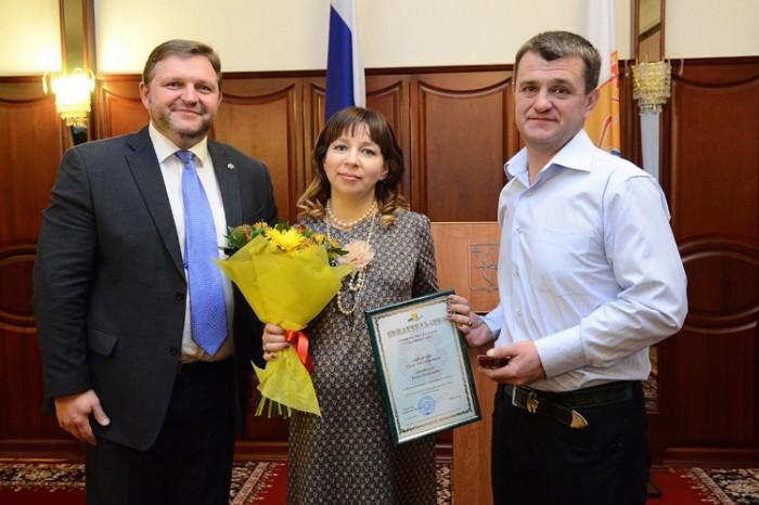 Спустя час после вручения знака «Семейная слава» жительница Кировской области родила 5-го ребёнка