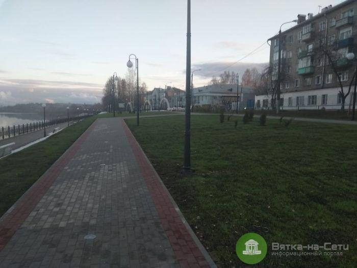 Набережную в Нововятске готовят к открытию
