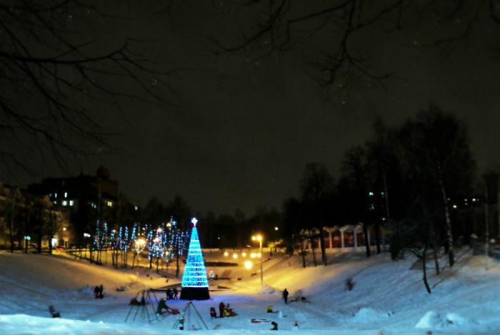 Сегодня в Кирове зажгутся первые новогодние гирлянды