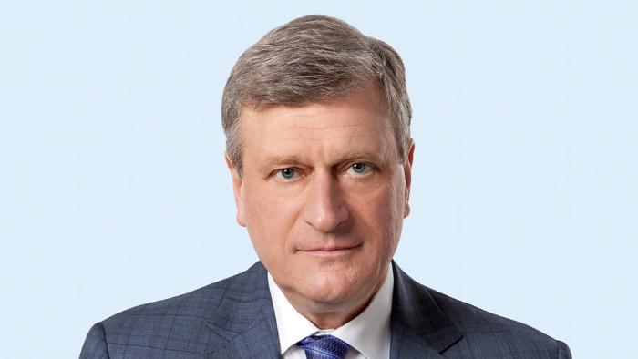 За год губернатор Игорь Васильев заработал 2,1 млн рублей