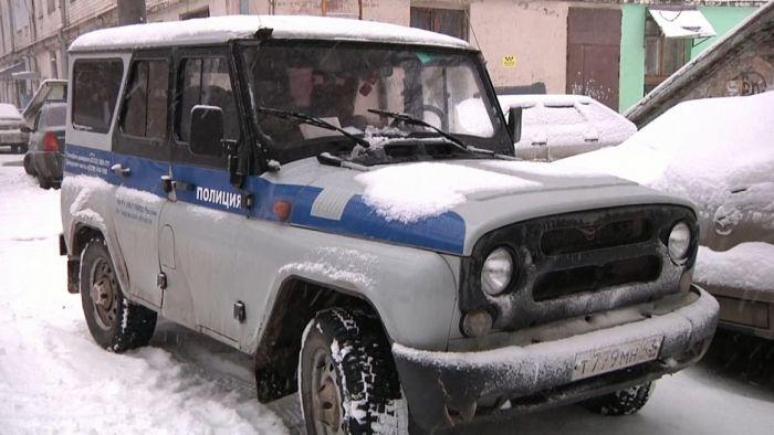 В Кирове мужчина похитил из офиса сейф с деньгами