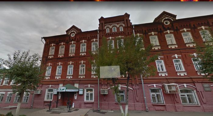 """Администрация города продаст """"Детский мир"""" и Центральный рынок"""