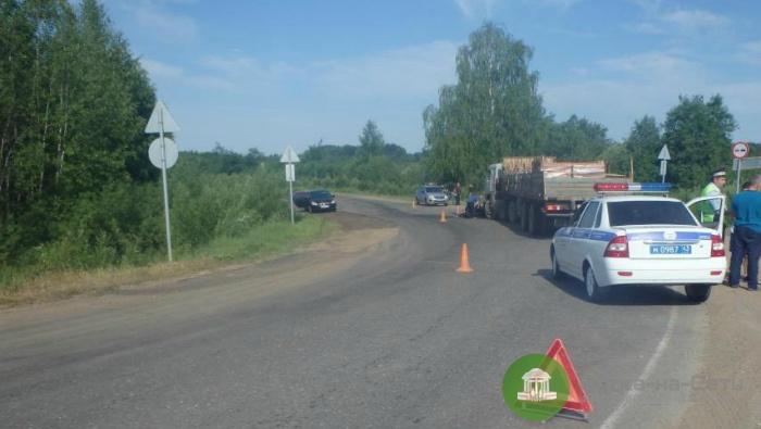 В Кирово-Чепецком районе в ДТП с КамАЗом погиб мотоциклист