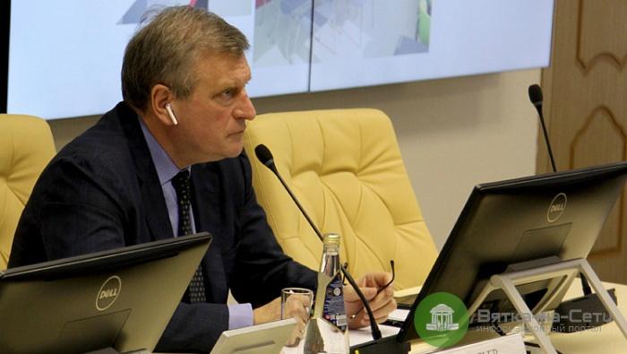 Губернатор Игорь Васильев за год заработал 2,2 миллиона рублей