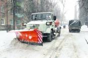 На улицах города круглосуточно работают 146 снегоуборочных машин